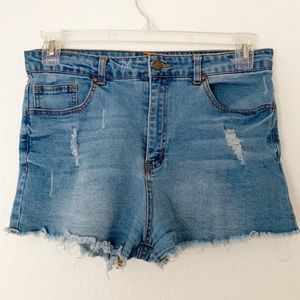 Forever 21 Size 31 Distressed Denim Cut Off Shorts